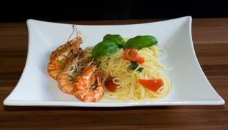 Black Tiger Garnelen und Spaghetti Aioli