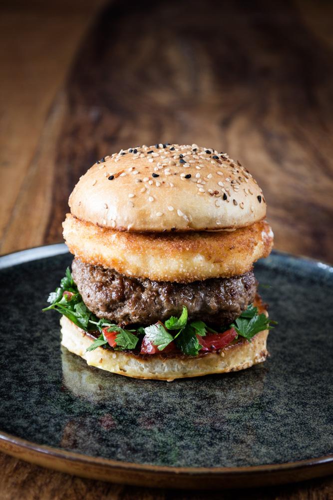 Feta Burger mit Petersilien Salat