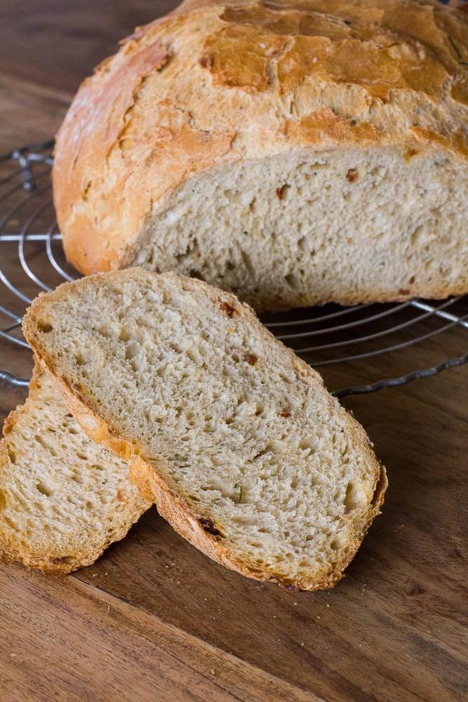 Chorizo Bärlauch Brot aus dem Topf
